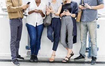 Cómo enviar textos de grupo con Android 1