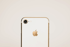 Cómo retirar la tarjeta SIM de su iPhone 8 2