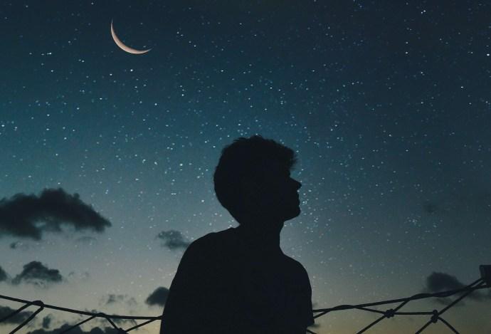 Párrafos de buenas noches para él 3