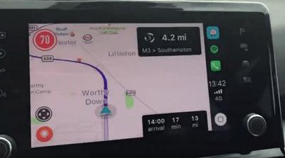 Cómo agregar Waze a Apple CarPlay 2